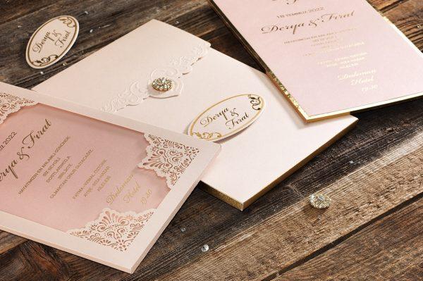 Faire Part mariage baroque arabesque rose
