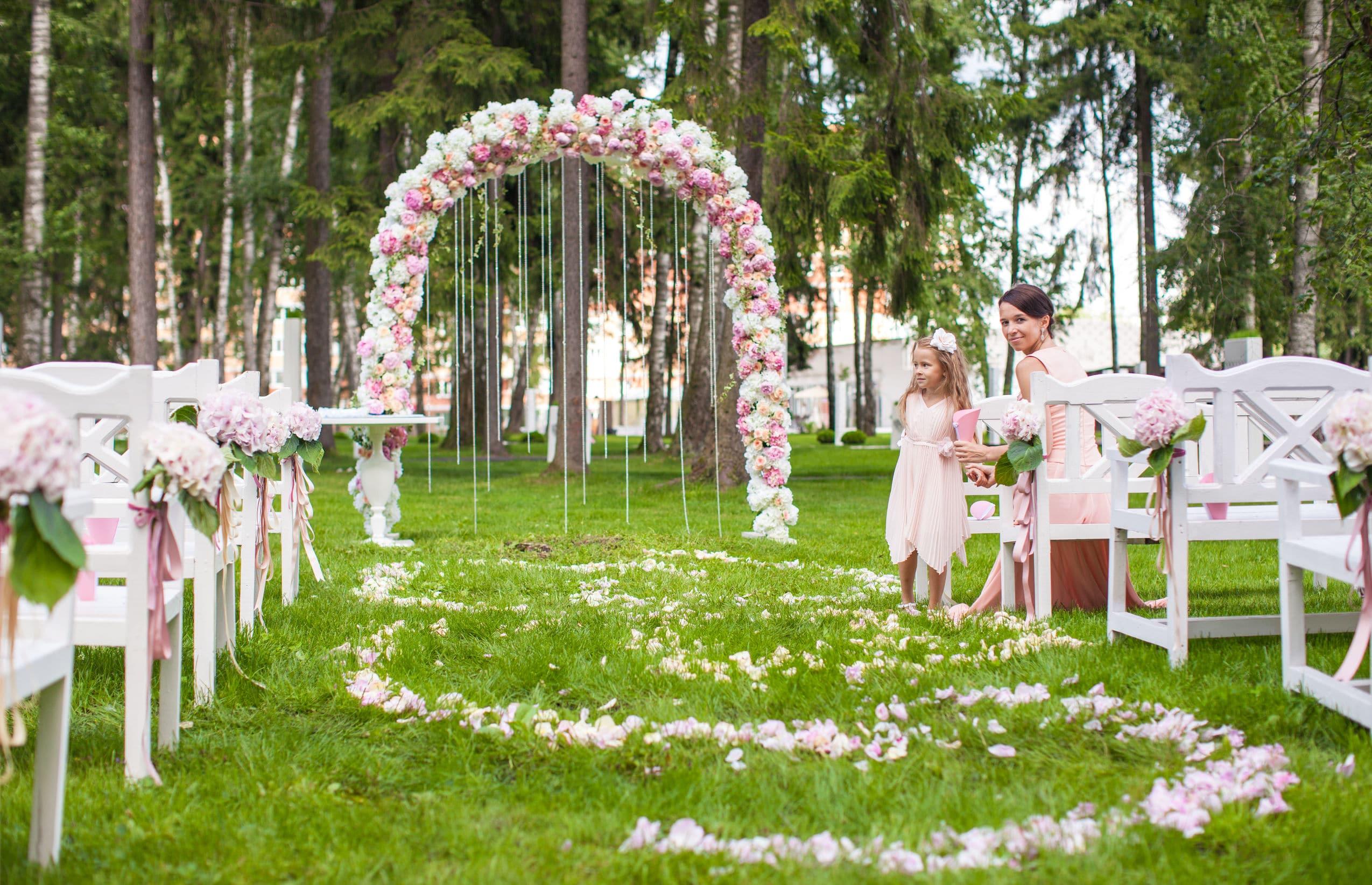 Arche florale de mariage
